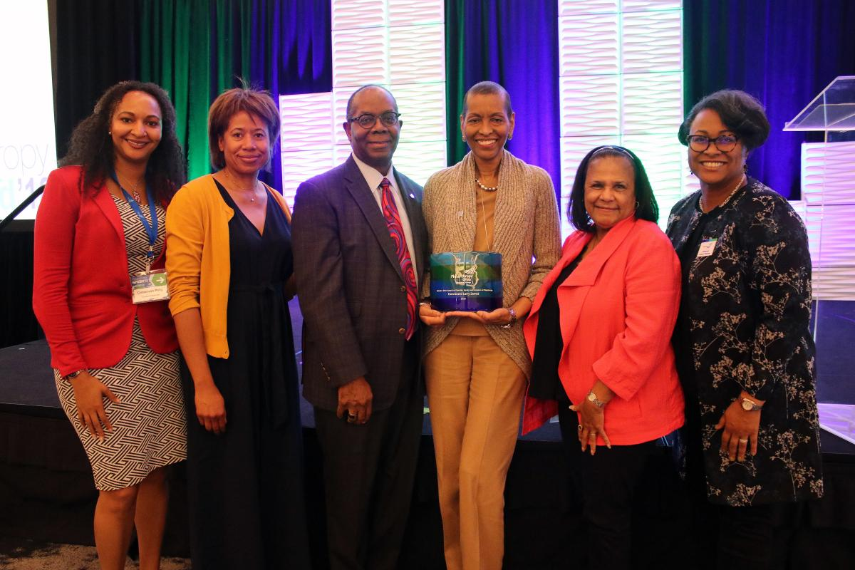 Donna and Larry James, Central Ohio philanthropists and community advocates, won the Michael G. Shinn Award for Diversity, Equity and Inclusion in Philanthropy. Left to right:<br /> Cinnamon Pelly, Adrienne Shinn, Larry James, Donna James, Joyce Shinn and Deborah Aubert Thomas.